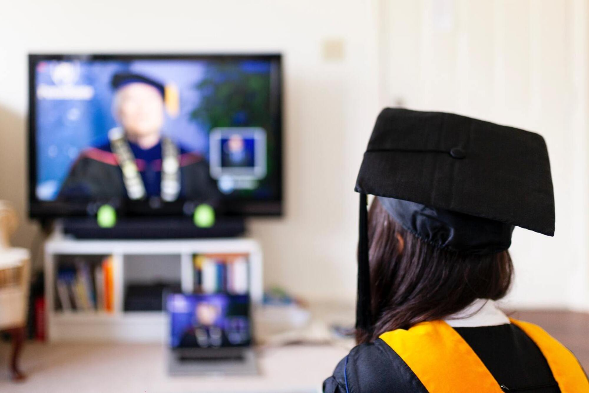 Innovative ways to market your university with events online